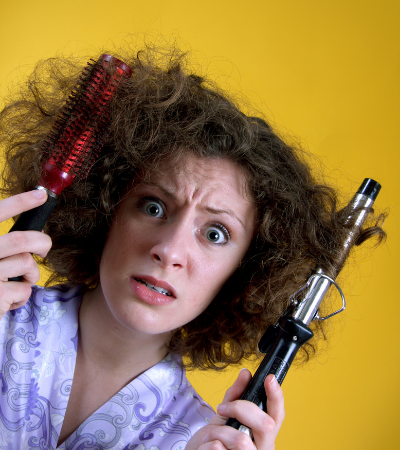 Ways to Stop Your Hair from Frizzing in Humidity